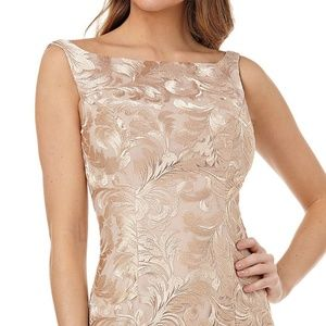 Kay Unger Dresses - Kay Unger Sleeveless Embroidery Mermaid Long Gown
